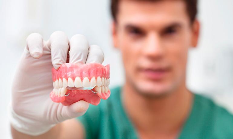 Современные виды зубного протезирования